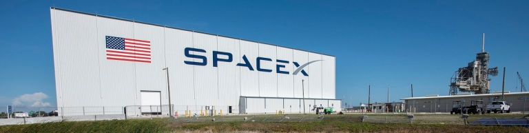 spacex-hanger