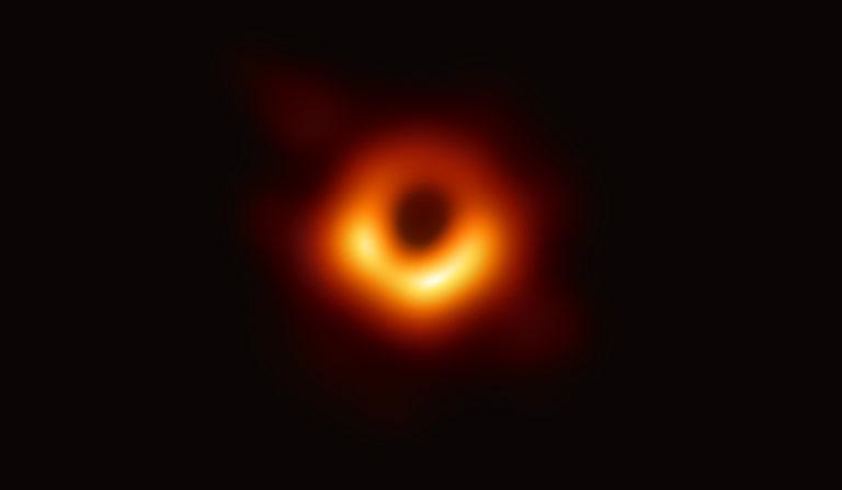 M87_consensus_image-768x447